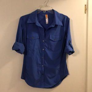 Lucy blue shirt